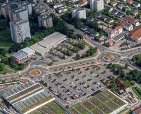 Kreisverkehre Berliner Ring/Fachmärkte/Schwanheimer Straße